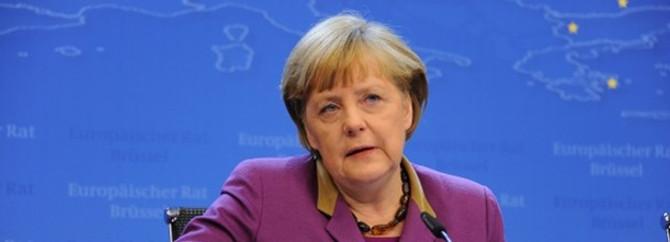 Merkel, Rusya ve Çin'i eleştirdi