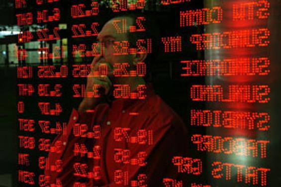 İMKB'de düşüş hızlandı, dolar ve faiz yükseldi
