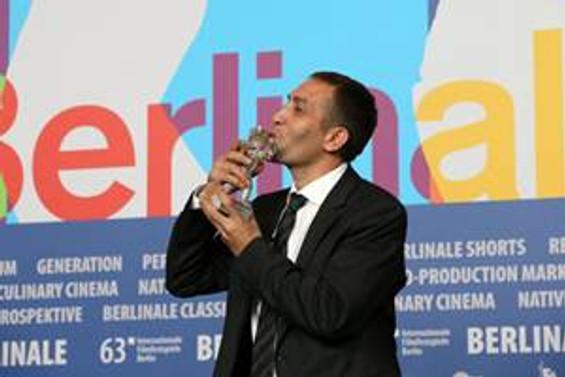 """Berlin Film Festivali'nin """"en iyi oyuncusu"""" hurdacılık yapıyor"""
