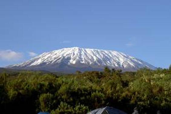 Erkek egemenliğini yıkmak için Kilimanjaro'ya tırmanacaklar