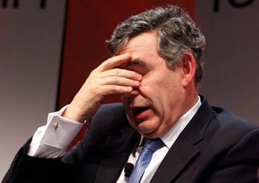 Brown, Başbakanlıktan vazgeçmiyor