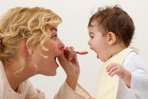 Stresli bebekler sağlıklı beslenemiyor