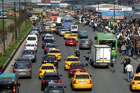 Trafiğe kaydı yapılan araç yüzde 17 arttı