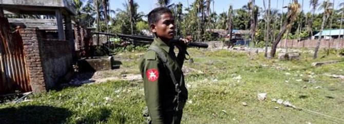 Myanmar'da ordu kontrolü ele geçiriyor