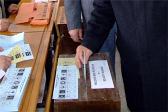 Yerel seçimlerde oy verme işlemi tamamlandı