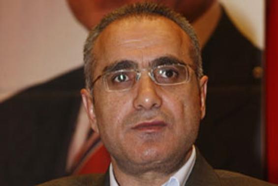 BBP'de Yalçın Topçu, 'genel başkan' seçildi