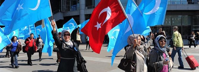 Fransa'daki Uygur Türkleri saldırıları kınadı