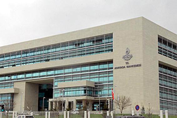 Anayasa Mahkemesi yedek üyeliğine Alparslan Altan seçildi