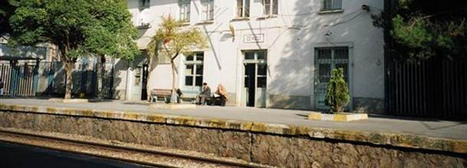 Maltepe'de tren yayaya çarptı