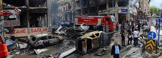 Reyhanlı'da ölenlerin yakınlarına 10'ar bin lira ödendi