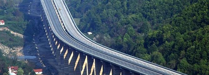 Karayolları bu yıl köprülerle donatılacak