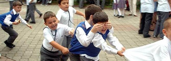 Eğitim-İş: Veliler serbest kıyafet istemiyor