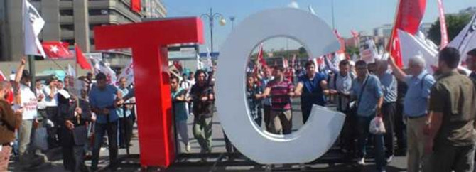 19 Mayıs'ta Anıtkabir ziyareti 3'e katlandı