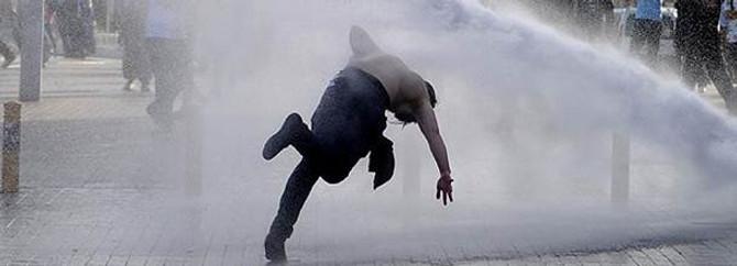 """Gezi Parkı'ndan """"püskürtüldüler"""" ama vazgeçmiyorlar"""