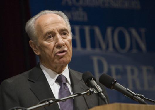 Peres, Gazze saldırısını savundu