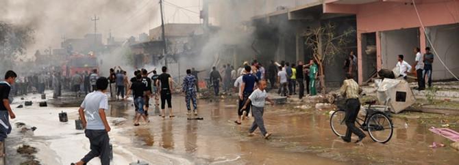 Irak'ta yine bombalar patlıyor