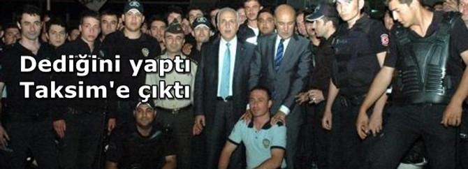 Vali ve Emniyet Müdürü Taksim'de