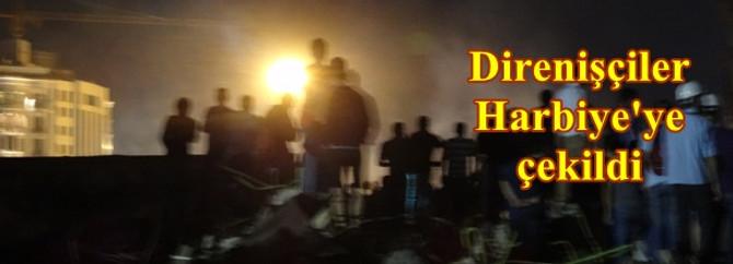 Göstericiler Harbiye'de direniyor