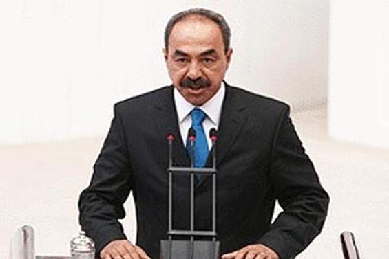 Tayfun İçli, CHP'ye katıldı