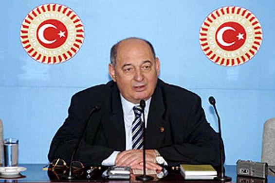 """""""Başbakan, Akman ve Karaman'ı milletvekili yaparsa şaşmam"""""""