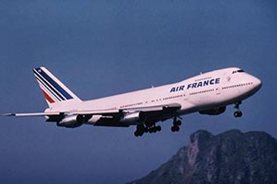 Air France'a ait yolcu uçağı kayboldu