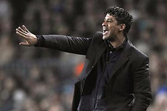 GS'nin yeni teknik patronu 'Rijkaard'