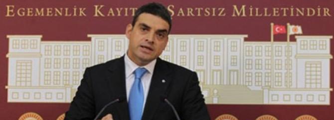 """""""AKP her alanda tükenmişlik sendromu yaşıyor"""""""