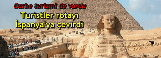 """Mısır'daki """"darbe"""" turizmi de vurdu"""