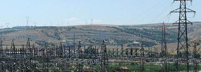 Enerji nakil hatları baz istasyonlarından tehlikeli