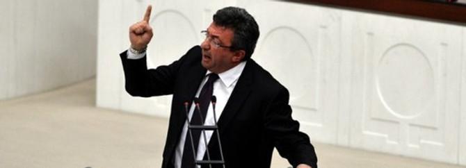 """""""Hükümetin Suriye tavrı 'aceleci'"""""""