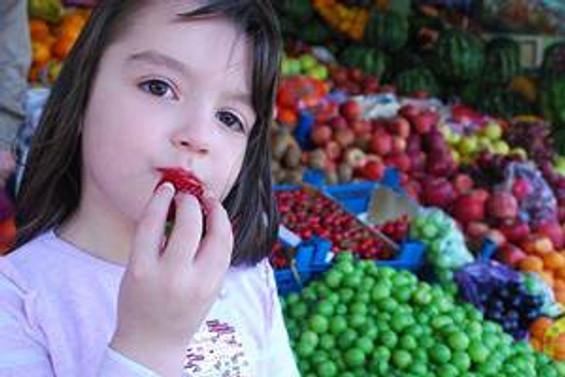 Antalya'da yaş sebze fiyatları taban yaptı