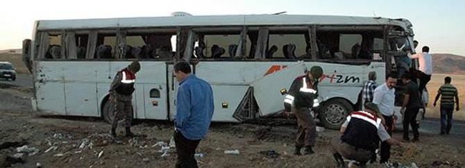 Kırşehir'de otobüs devrildi: 48 yaralı
