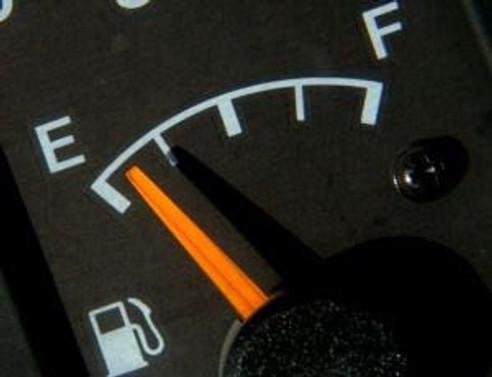 Benzin fiyatı zamlandı