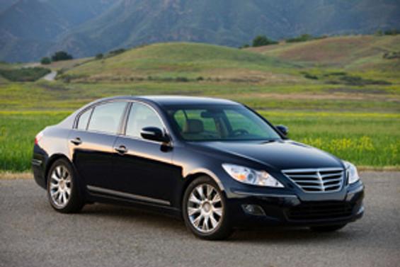 Genesis, E segmentinde en kaliteli otomobil seçildi