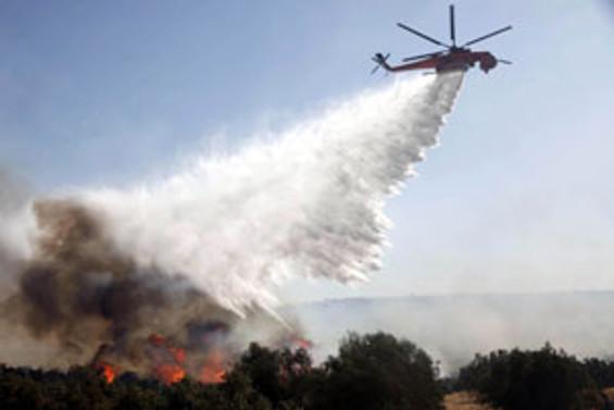 Yangın söndürme uçakları gece mesaisine başlıyor
