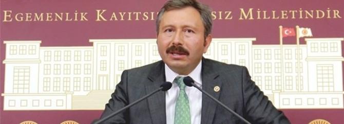 İdris Bal istifa etti