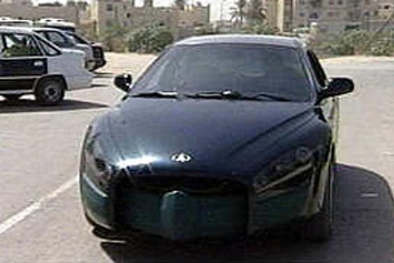 Tasarımı Kaddafi'ye ait otomobil tanıtıldı