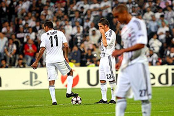 Beşiktaş puansız başladı