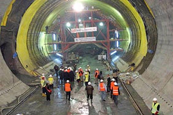 Metro inşaatları devrediliyor