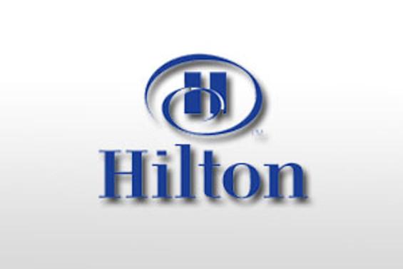 Hilton Hotel, isim değiştirdi
