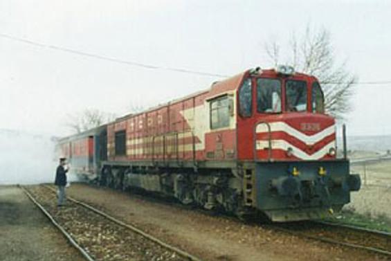 Tatvan'da tren yolunda patlama