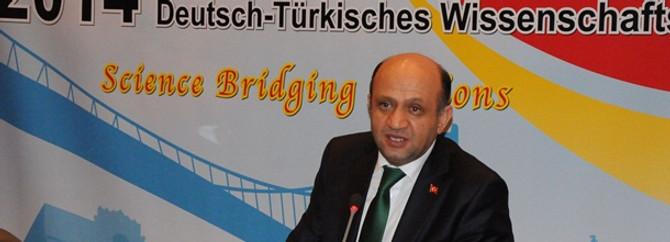 Bakan Fikri Işık Türk-Alman Bilim Yılı için Berlin'de