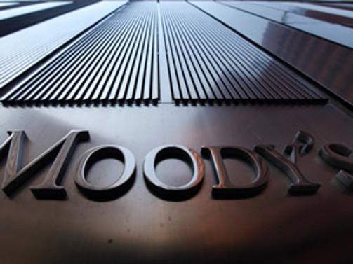 İngiliz bankacılığına Moody's darbesi