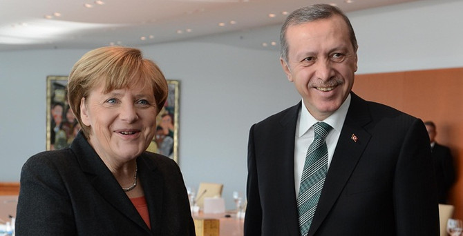 """""""Erdoğan ve Merkel'i Sakız'a davet edeceğiz"""""""