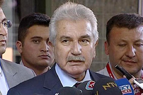 Özbek: İki kişi arasında yapılan kritik