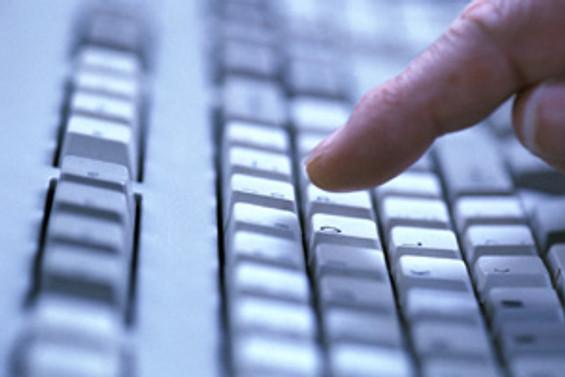 Lenovo'dan 'F' klavyeli dizüstü