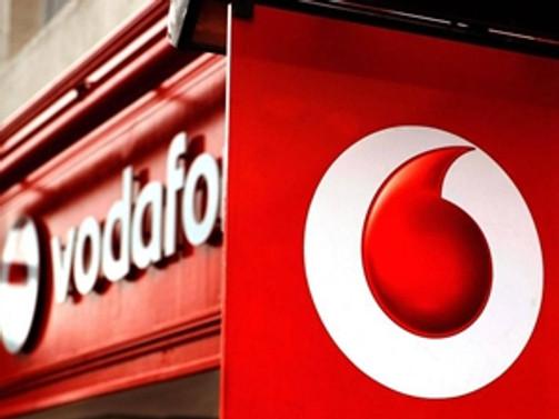 Vodafone, yeni HTC One'ı Türkiye'ye getirecek
