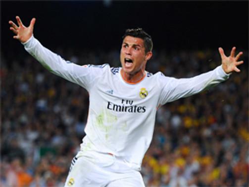 Ronaldo'ya 3 ödül birden