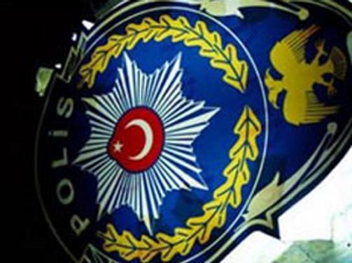 Şüpheli 13 polisten 4'ü tutuklandı