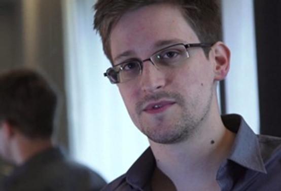 Snowden'ın öyküsü beyaz perdeye aktarılıyor
